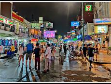One night in Banglumpoo makes an old geezer humble (crumble?)