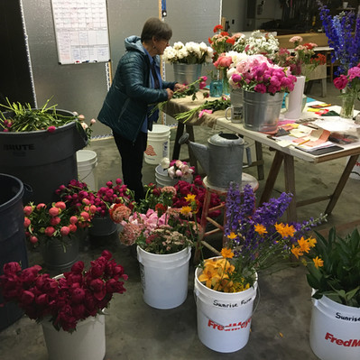 Aunty Making Bouquets, 2020