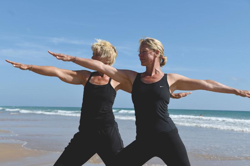 inBalance Yoga am Strand.jpg