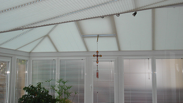 pleated-roof-perfect-fit-window.jpg