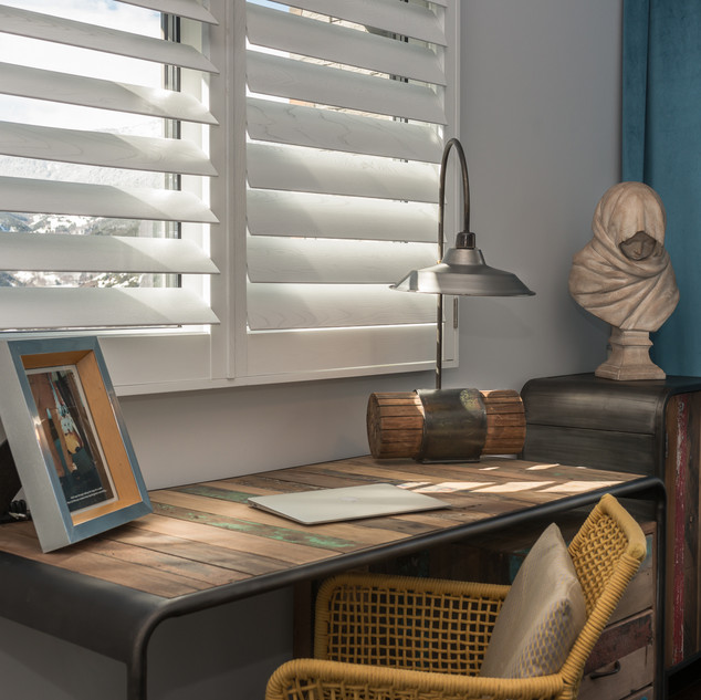 White Grained Shutter with Clearview - A