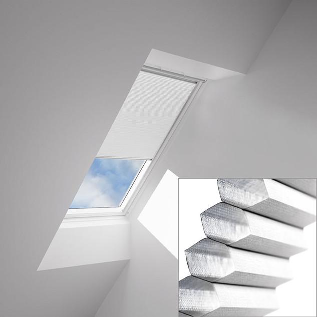 1045-pleated-room-darkening-white_retouc