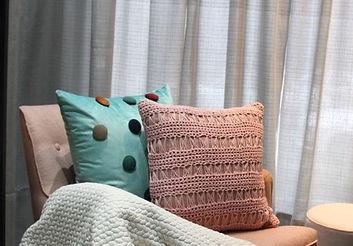 269b52af8b6320 Como escolher almofadas para sua decoração | Mais Trasso - Loja de ...