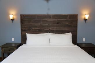 921A8082 - Queen bed.JPG