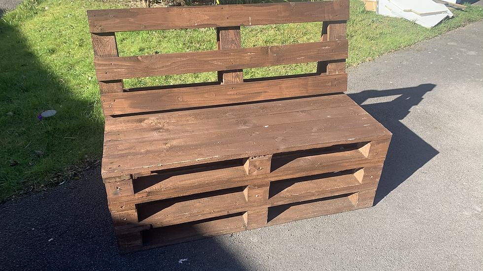 Dark Painted Pallet Bench