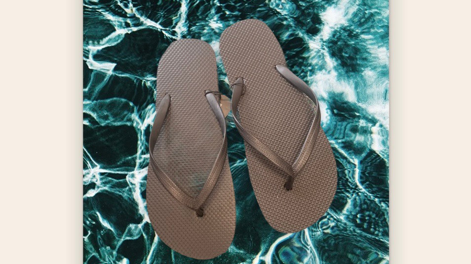 Adults Black Flip Flops