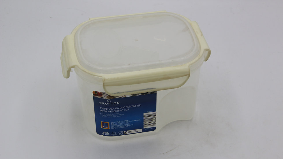 Baking Container with Measuring Cup