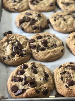 XL chocolate chips cookies