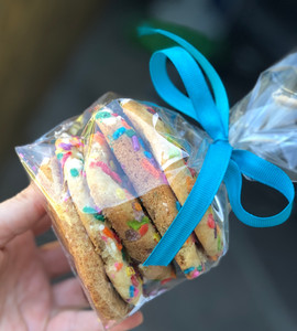 Assorted cookies bag