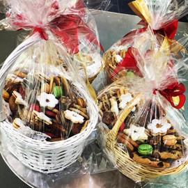 Assorted cookies basket