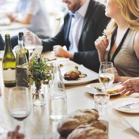 10 pagrindinių stalo etiketo taisyklių