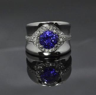 Platinum Ring with Ceylon Blue Sapphire and Diamond