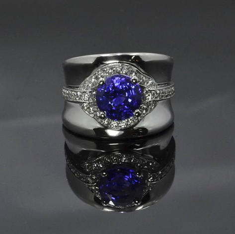 Platinum Ring with Ceylon Blue Sapphire and Diamond