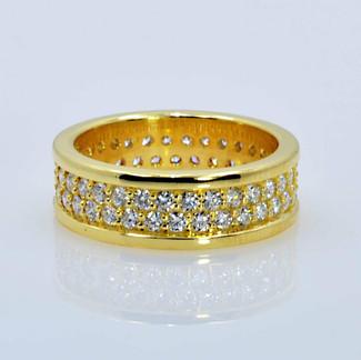 18K Pavé Wedding Ring set with 64 Diamonds