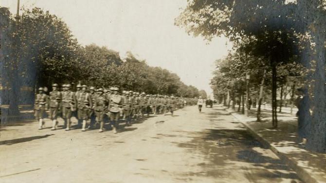 Interjú Perczel Olivérrel és Végső Istvánnal az 1919-es román megszállásról. Mandiner,  december 2.
