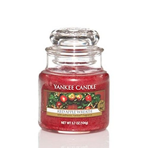 Yankee Candle Small Jar Red Apple Wreath
