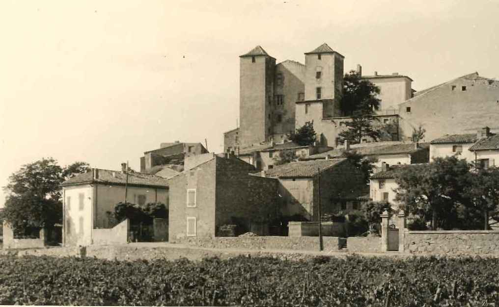Chateau et rue Marcel Pagnol