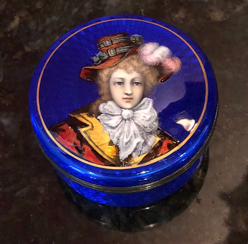 French Antique Translucent Enamel Snuff Box