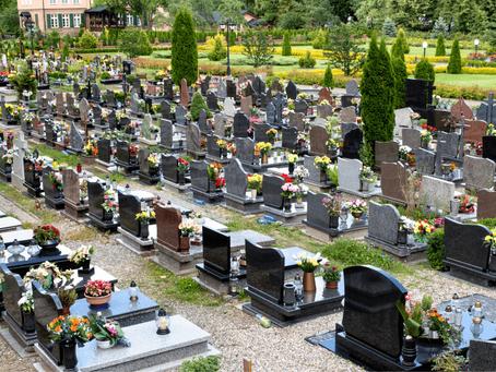 Kaip prižiūrėti kapus pavasarį?