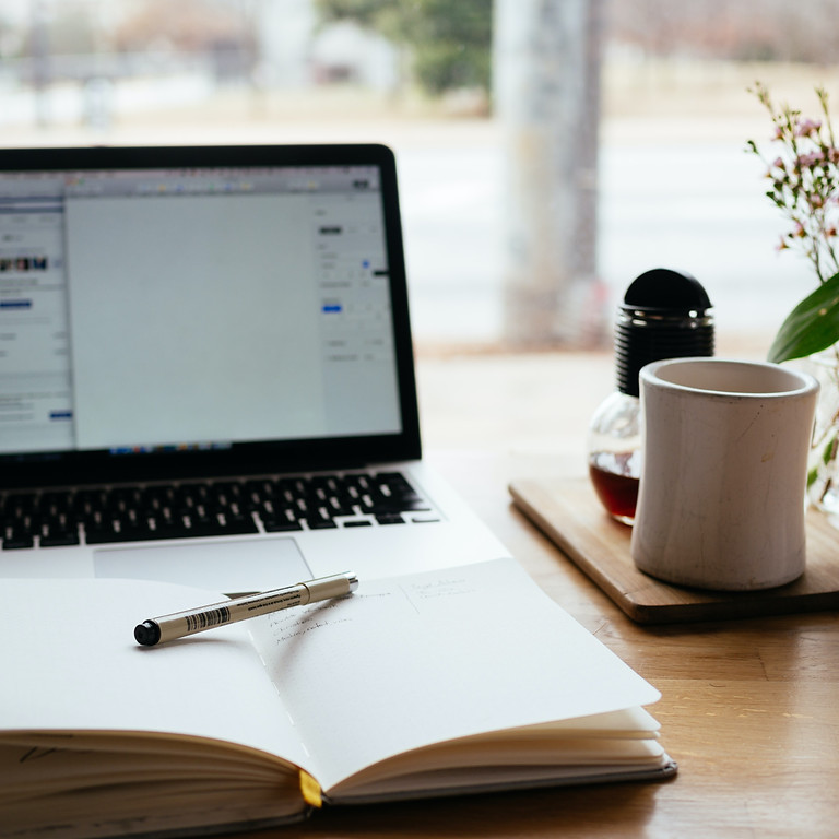 The Phare Free Online Writing Group 25 June