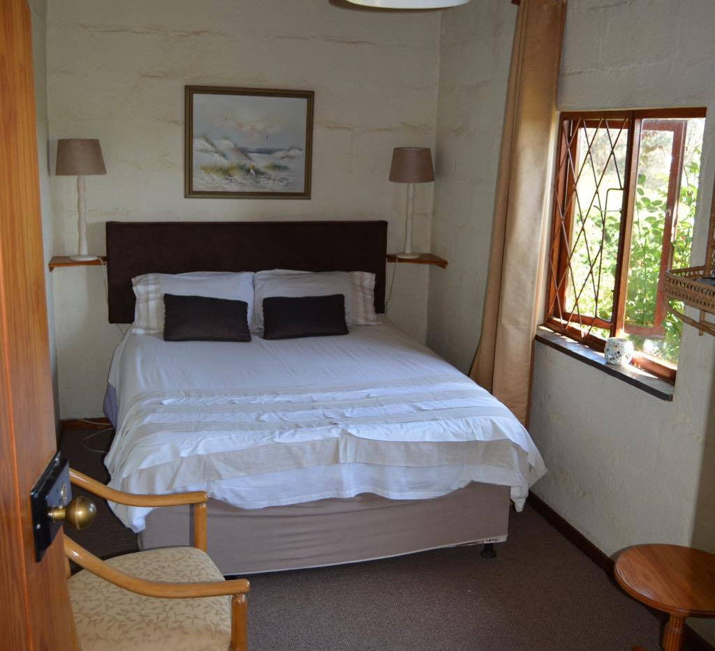 Downstairs double room with garden view