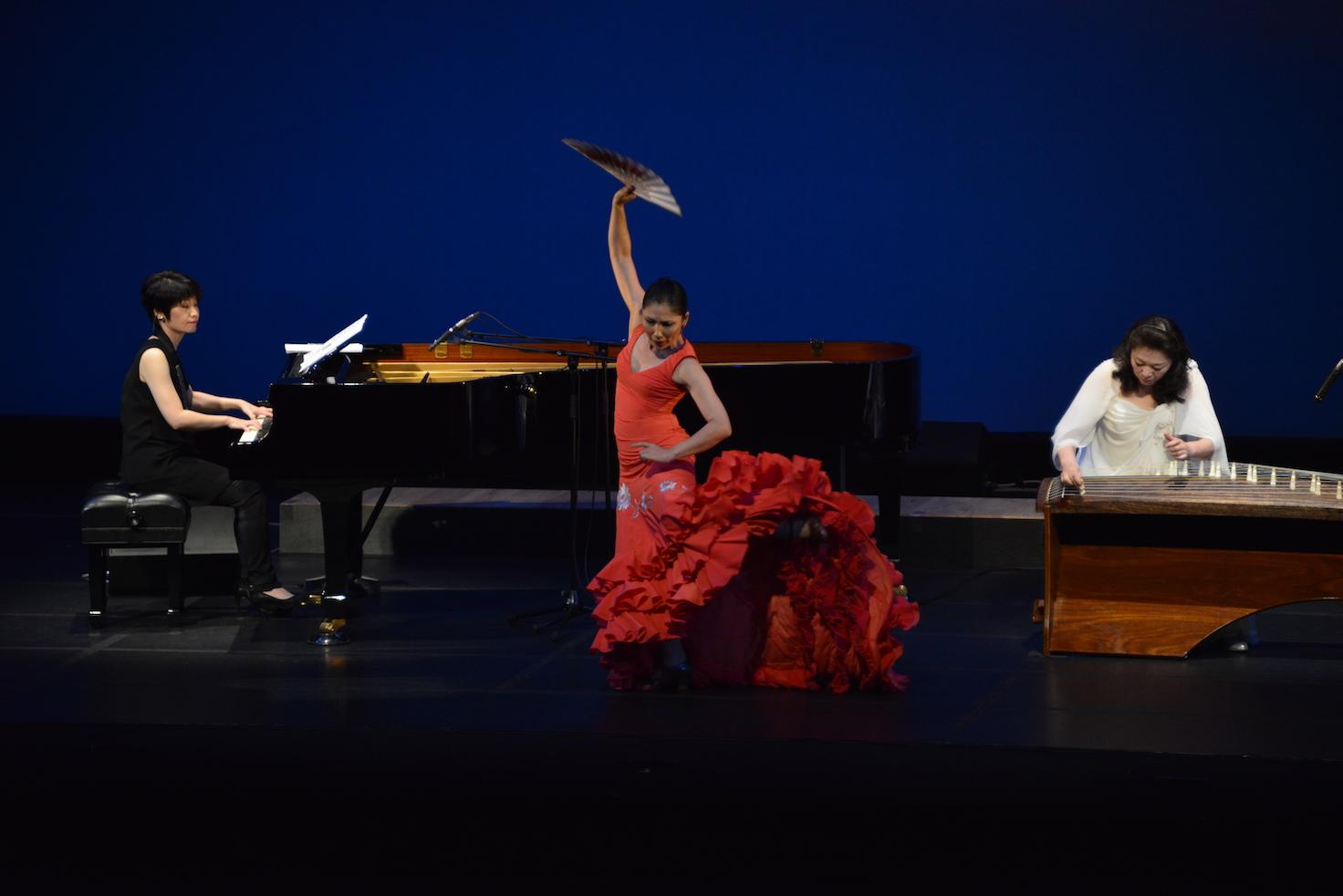 TRINITY Flamenco&Piano&Koto