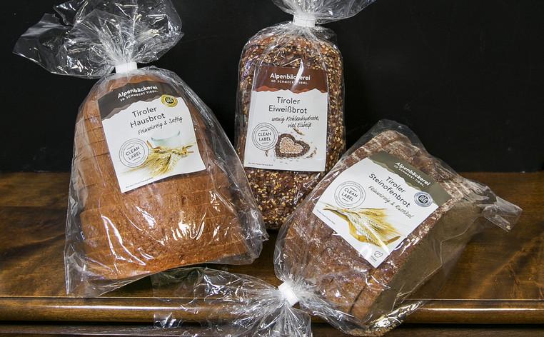 Brot-Verpackung-mit-Etikette.jpg