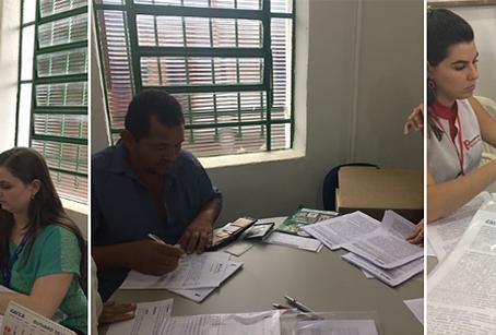 Futuros moradores do Jardim Botânico assinam contrato com a CAIXA.
