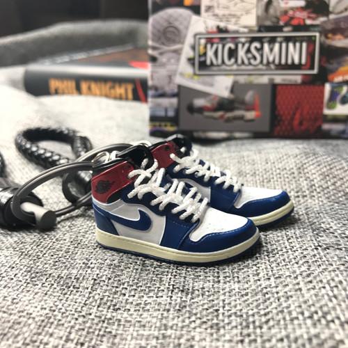 b853c6db38b Air-jordan-keychain | United States | Kicksmini | 3d mini Sneaker