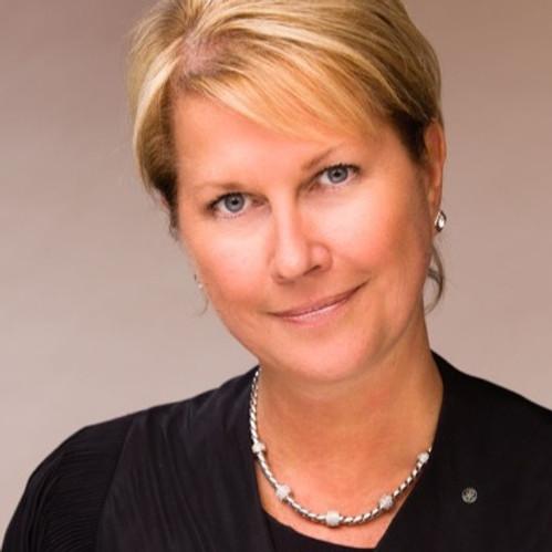 Rotary Club of Peninsula Starlight Welcomes Jennifer Jones