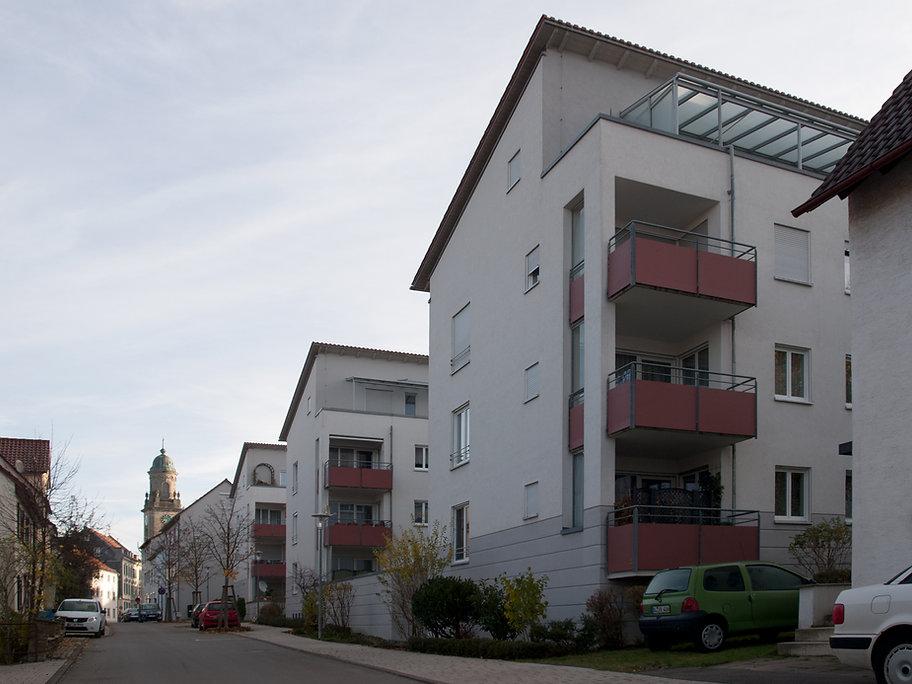 Seniorenwohnen-Außen_04.jpg