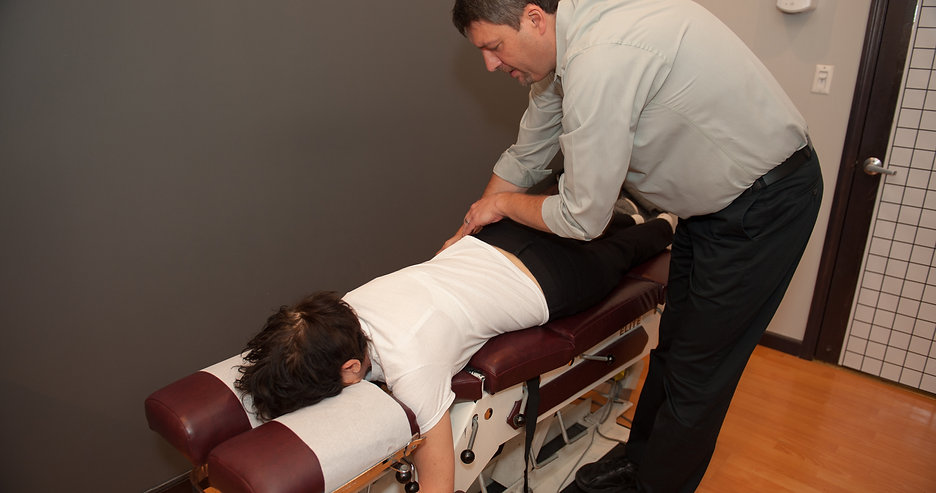 chiropractic adjustment, chiropractic treatment