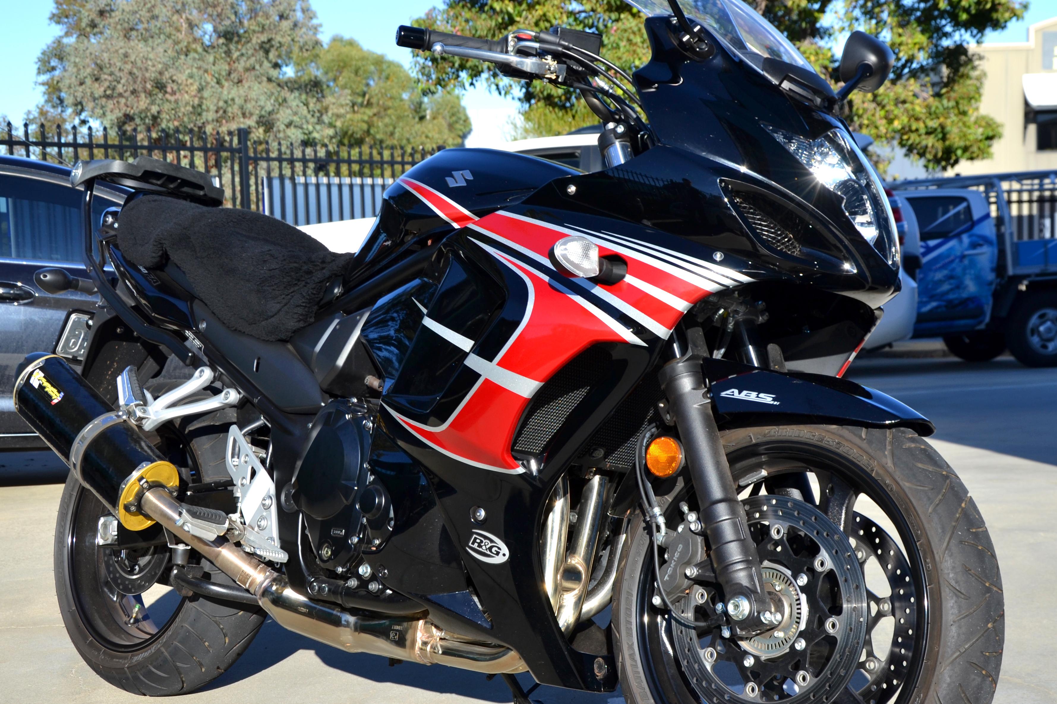 Suzuki Bike Graphics 2