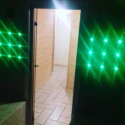 Luminothérapie dans le hammam