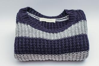 cardigan-clothes-sweater-45982.jpg