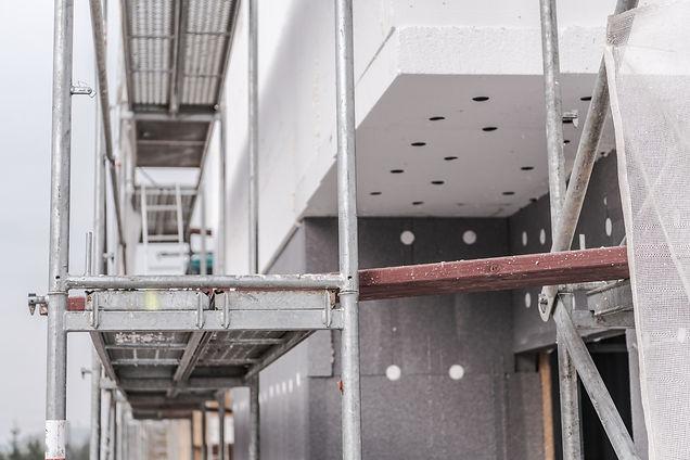 house-building-scaffolding-PETC2N3.jpg