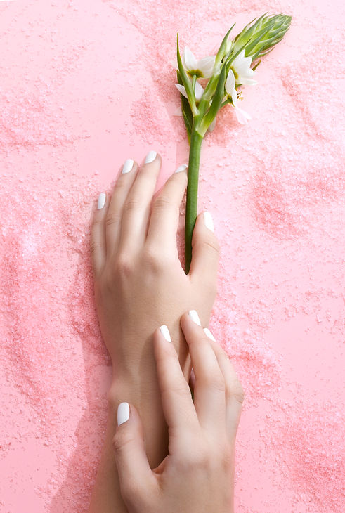 Fresh Manicures In Spa Settings