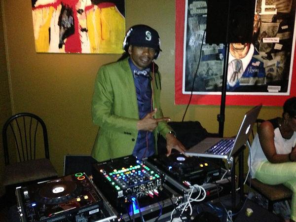 DJ SHILOH.jpeg