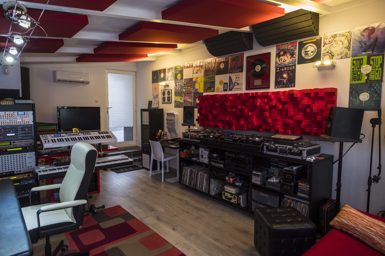 DJ Consolle Corner