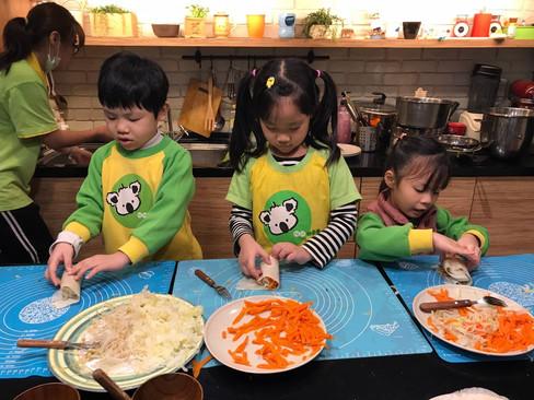 哆啦潤餅廚藝_210329_8.jpg