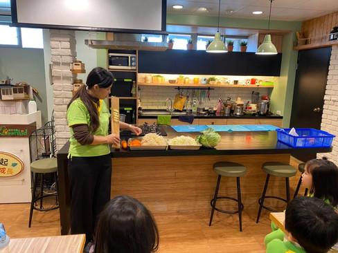 哆啦潤餅廚藝_210329_0.jpg