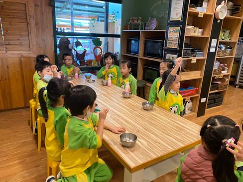 哆啦潤餅廚藝_210329_1.jpg