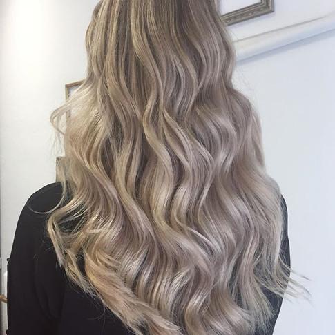 #blondme #foreverblonde #leeshairdressin