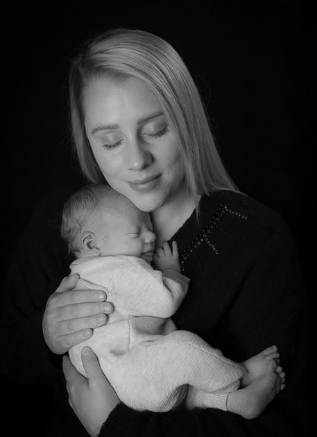 Verina-Litster-Newborn-Portrait-9.jpg