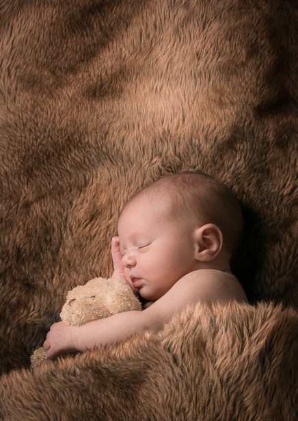 Verina-Litster-Newborn-Portrait-2.jpg