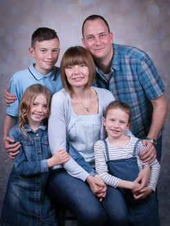Verina-Litster-Family-Portraits-8.jpg