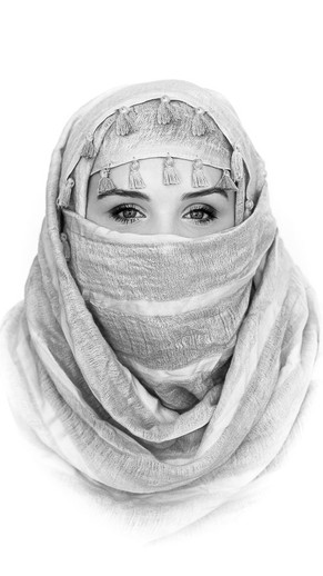 Verina-Litster-Headshots-18a.jpg