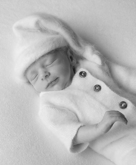 Verina-Litster-Newborn-Portrait-7.jpg