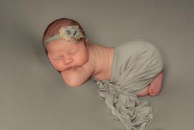 Verina-Litster-Newborn-Landscape-01.jpg