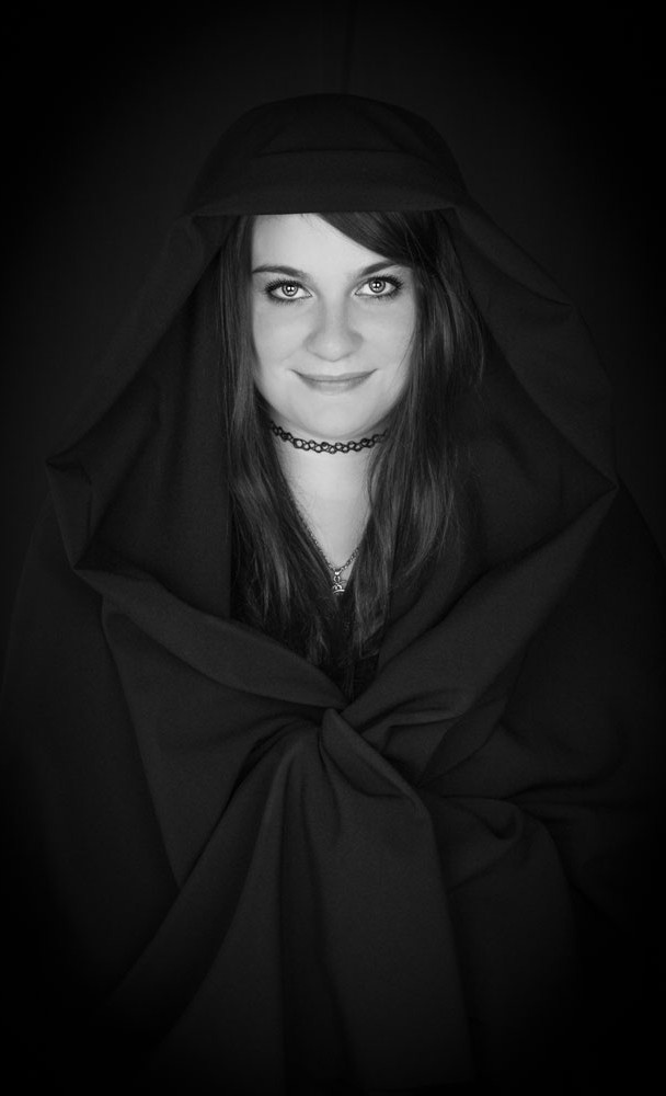 Verina-Litster-Headshots-27.jpg
